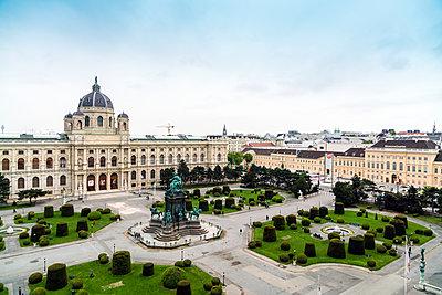 Maria-Theresien-Platz und das Kunsthistorische Museum in Wien - p1332m1488216 von Tamboly