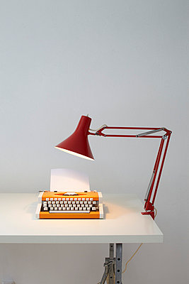 Writing - p4641886 by Elektrons 08