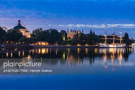Ship on river at sunset in Stockholm, Sweden - p1427m2077526 by Henryk Sadura