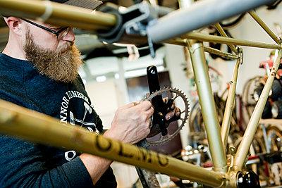 Fahrradwerkstatt - p1195m1195462 von Kathrin Brunnhofer