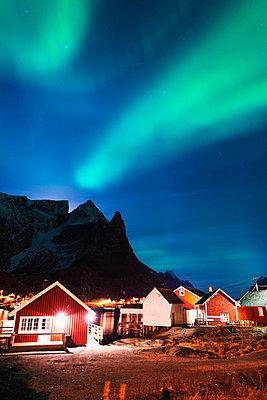 Aurora borealis (Northern lights), Reine, Moskenesoy, Lofoten Islands, Norway, Scandinavia, Europe - p871m986926 by Christian Kober