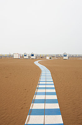 Strand - p1421m1476840 von Simon Fröhlich