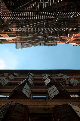 Historische Gebäude in Tribeca - p470m1207937 von Ingrid Michel