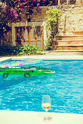 Pool - p904m1045009 von Stefanie Päffgen