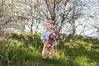 Der Frühling blüht - p796m1550306 von Andrea Gottowik