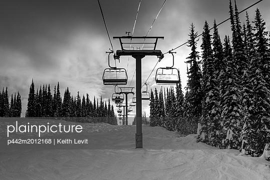 p442m2012168 von Keith Levit