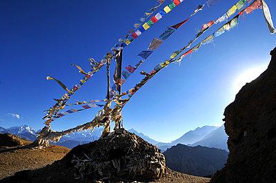 Prayer flags, Mustang, Nepal, Himalayas, Asia - p871m1534081 by Godong