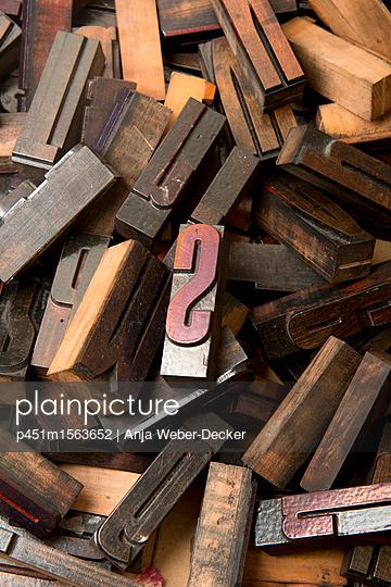 p451m1563652 by Anja Weber-Decker