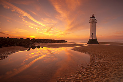Perch Rock lighthouse, New Brighton, Merseyside,The Wirral, England, United Kingdom - p871m2114058 by Ed Rhodes