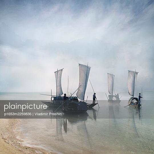 China, Fishermen on their boats - p1653m2259836 by Vladimir Proshin