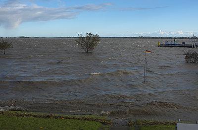Sturmflut - p116m1502882 von Gianna Schade