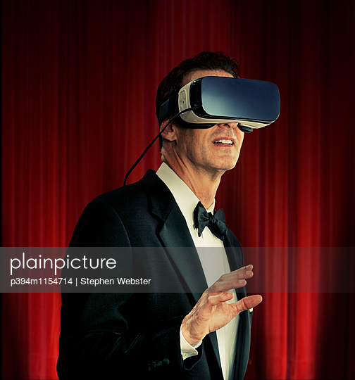 Virtual Reality - p394m1154714 by Stephen Webster