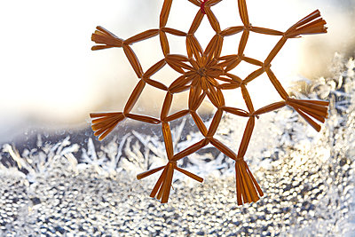 Christmas decoration - p235m904276 by KuS