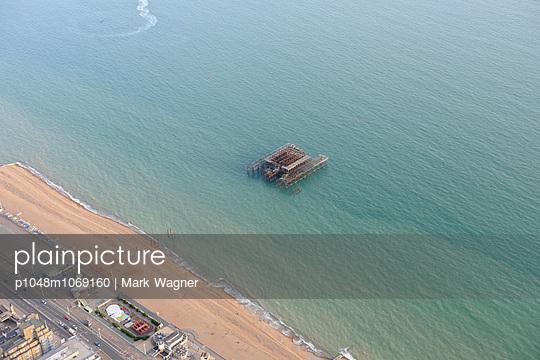 West Pier, Brighton - p1048m1069160 by Mark Wagner
