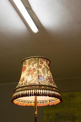 Lampenschirm - p497m903866 von Guntram Walter