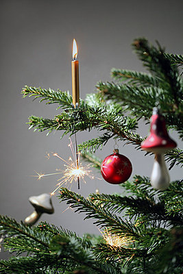 Christmas - p406m660527 by clack