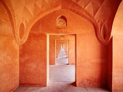 India, Uttar Pradesh, Agra, Red Fort - p300m1116696 by Dieter Schewig