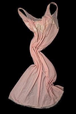 Vintage negligee - p971m2291440 by Reilika Landen