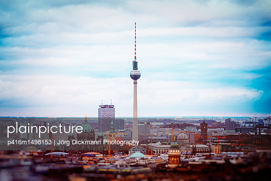 Berlin - p416m1498153 von Jörg Dickmann Photography