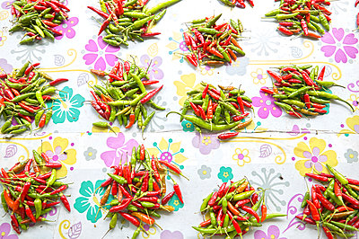 Red and green chillies - p1010m2284091 by timokerber