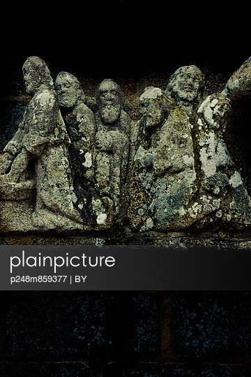 Old stone figures - p248m859377 by BY