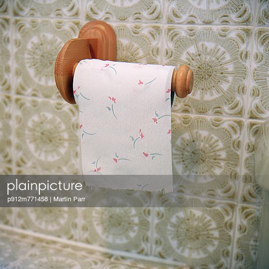 Toilet - p912m771458 by Martin Parr
