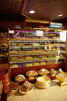 Bakery in Dubai - p1010m2277852 by timokerber