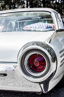 Ford Thunderbird 1961 - p248m1463117 von BY