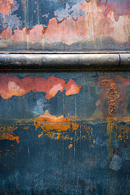 Rusty metal close-up - p5280139f by Malcolm Hanes