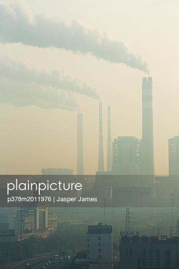 p378m2011976 von Jasper James