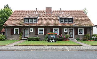 Doppelhaus in Bergarbeitersiedlung II - p105m882376 von André Schuster