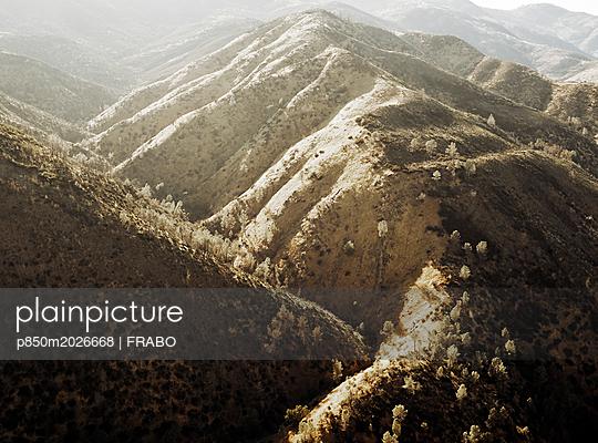 Gebirgslandschaft - p850m2026668 von FRABO