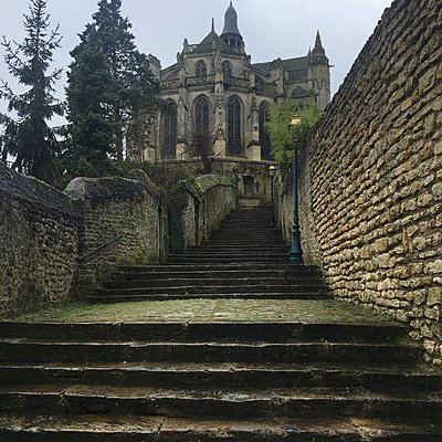 Frankreich, Chaumont-en-Vexin, Kirche - p1401m2165703 von Jens Goldbeck
