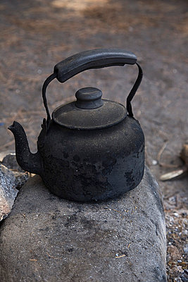 Black kettle at a fireplace - p6280390 by Franco Cozzo