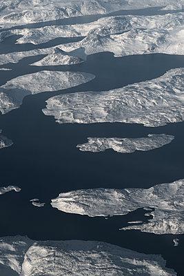 Rock formation, aerial view, North Canada - p1624m2223714 by Gabriela Torres Ruiz