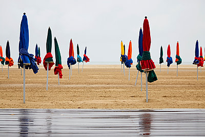 Deauville - p464m1115855 by Elektrons 08
