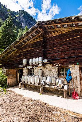 Milchhütte - p488m1476948 von Bias