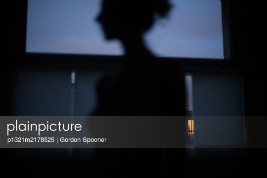 Silhouette of a woman - p1321m2178525 by Gordon Spooner