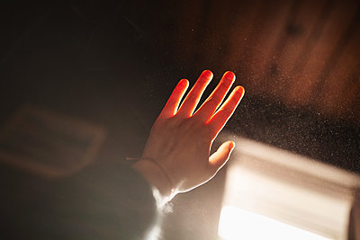 Hand - p1477m2038997 by rainandsalt