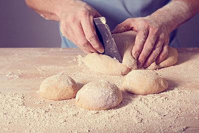 Brot und Brötchen backen - p464m1355415 von Elektrons 08