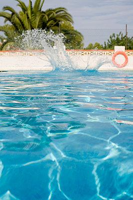 Water Toy - p26814407 by Henriette Hermann