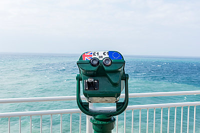 Public telescope at the seaside - p890m1441342 by Mielek