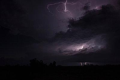 p429m1179676 von Jason Persoff Stormdoctor
