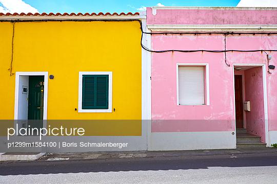 Bunte Häuser - p1299m1584100 von Boris Schmalenberger