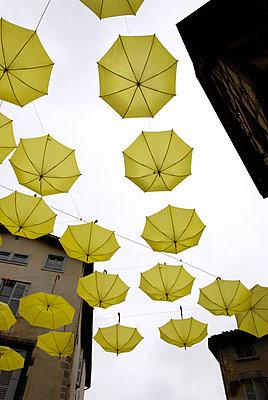 Umbrellas, Thiers (Puy-de-Dôme) - p260m918257 by Frank Dan Hofacker