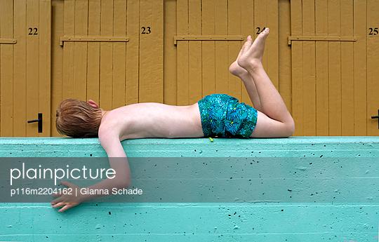 p116m2204162 by Gianna Schade