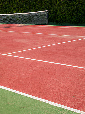 Tennis court - p1021m1585755 by MORA