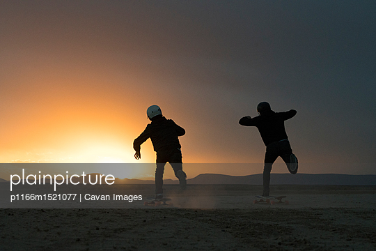 p1166m1521077 von Cavan Images