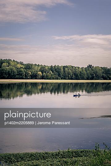 Frankreich, Rudern auf der Loire - p1402m2205889 von Jerome Paressant