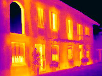 Thermal image of mansion - p429m756442 by Joseph Giacomin
